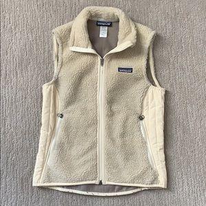 women's cream patagonia vest